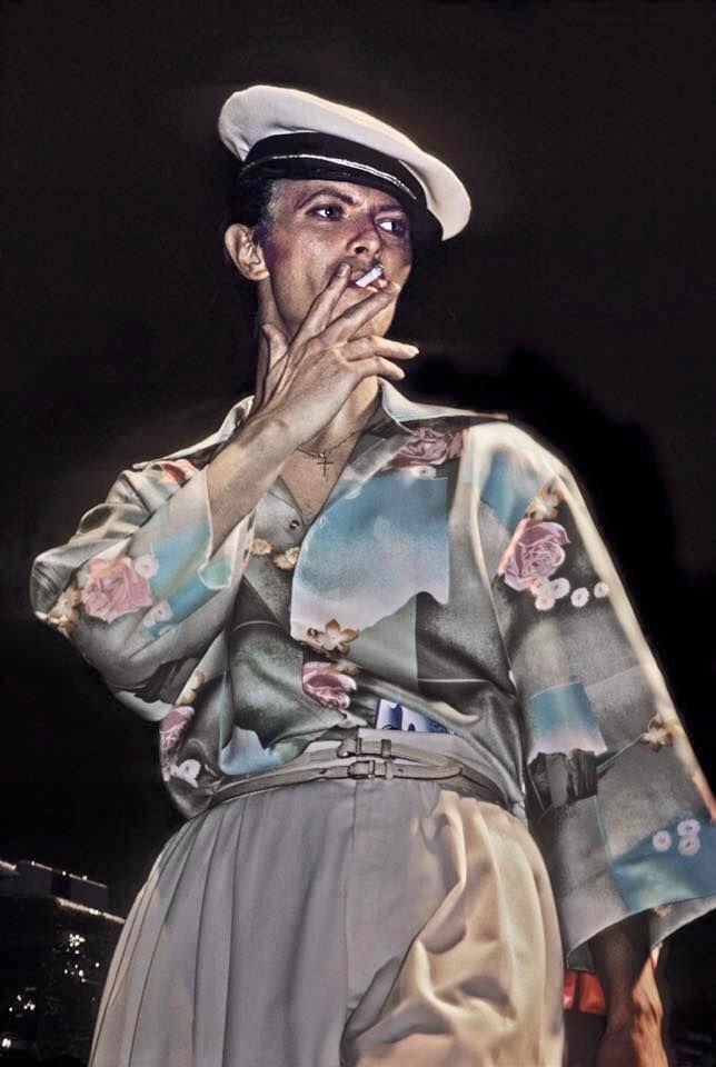 David Bowie in 'matrozenkostuum'