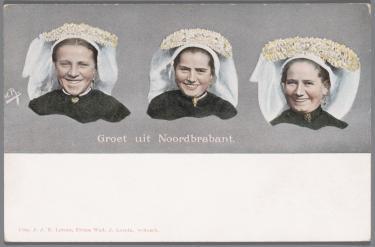 Blog Modemuze Jacco Hooikammer Ansichtkaarten Nederlandse streekdrachten visuele bron. Collectie Openluchtmuseum nr. N.12484