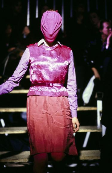 Blog Modemuze Nora Veerman, Reconstructing Hermès. Métiers, materiaal, Martin Margiela #1, Martin Margiela FW95 Vogue