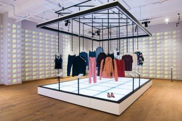 Tentoonstelling Fashion for Good. Agenda ModeMuze.