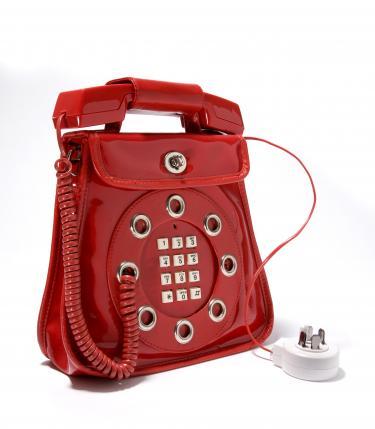 Telefoontas van rode kunststof