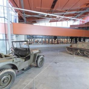 En tóch staat de Martini – 75 jaar bevrijding in Groningen Online Expo