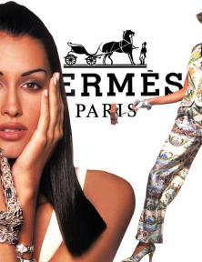 Blog Modemuze Nora Veerman, Reconstructing Hermès. Métiers, materiaal, Martin Margiela #1 Hermès, 1994, Advertentie. Een illustratie van Hermès vóór Margiela; hierop staan ontwerpen van het team van Claude Brouet