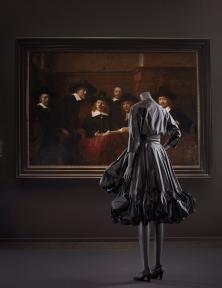 Fashion in museums: past, present, future in het Rijksmuseum