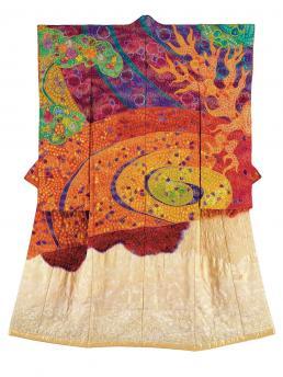 Itchiku Kubota, kimono uit de Symphony of Light collectie. Persbeeld voor Tradities & Dromen MoMu Gallerij.