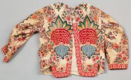 Modemuze collectie Zuiderzeemuseum, Borsik, voor het kind in het pak, 1875-1950, nr. 005357
