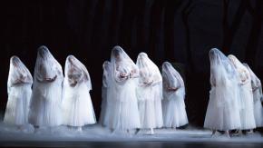 Blog Modemuze Fleur Dingen. Afb. 1. Giselle met kostuums van Toer van Schayk, Het Nationale Ballet. © Het Nationale Ballet. Foto Angela Sterling