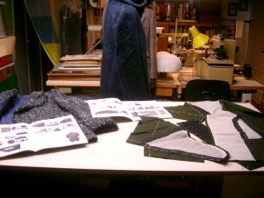 Blog Modemuze Marijke Bongers Textielcommissie op Locatie. In het atelier van Roy Verschuren