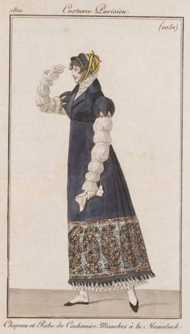 Costume Parisien, Chapeau et Robe de Cachemire, Manches à la Mameluck, 1810