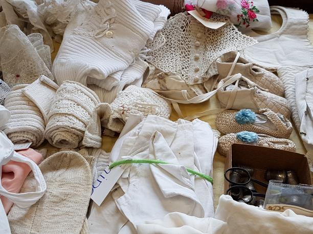 Antiek Textielmarkt. ModeMuze.