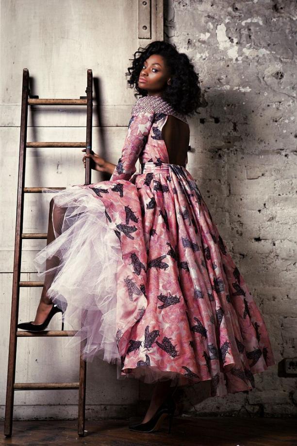 Bijenprint jurk, Onalajas voorjaar/zomer collectie 2016. Foto: NN.