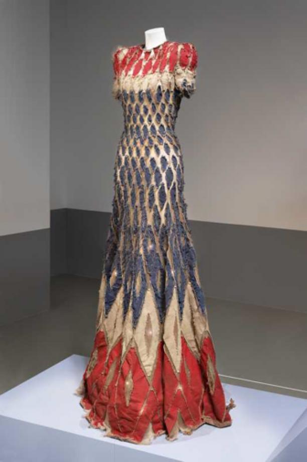 Jan Taminiau, jurk uit de Poetic Clash collectie, collectie Centraal Museum Utrecht.