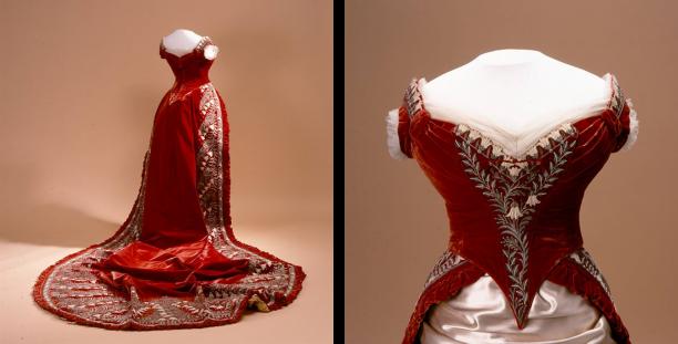 Galalijfje en manteau de cour van koningin Emma. Koninklijke Verzamelingen, Den Haag.