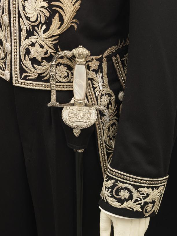 Schede behorend bij het ambtskostuum van een consul-generaal. Foto: Stef Verstraaten. Collectie Paleis Het Loo