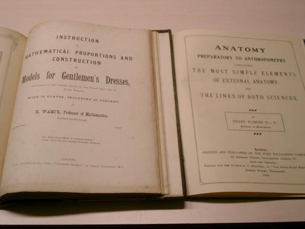 Facsimiles van twee boeken van dr. Henry Wampe(n). Bron: Roy Verschuren.