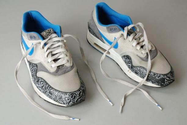 Nike Air Max, Rotterdam, rapper Excellent. Collectie Museum Rotterdam.