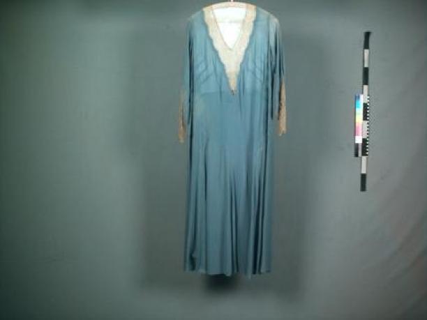 Licht Blauwe Jurk : Jurken vrouwenkleding modemuze