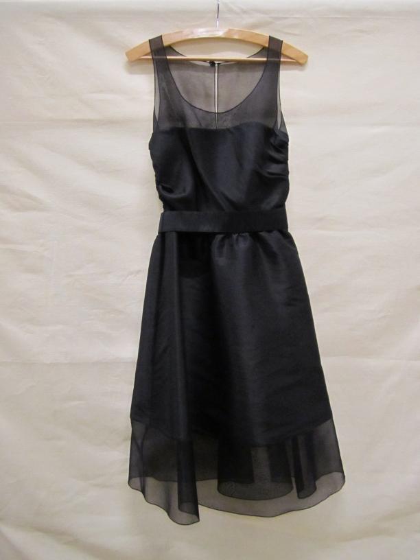 'little black dress' van Balmain voor H&M - collectie Gemeentemuseum Den Haag