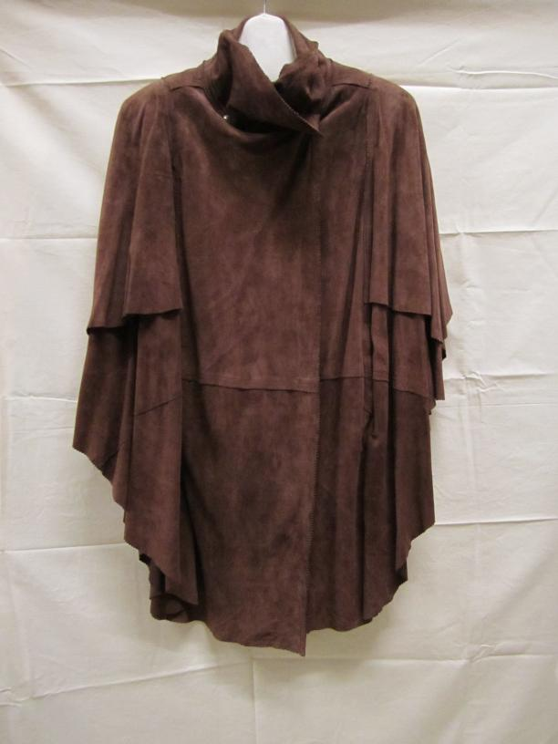 4208e134ad66b4 capes mantels vrouwenkleding