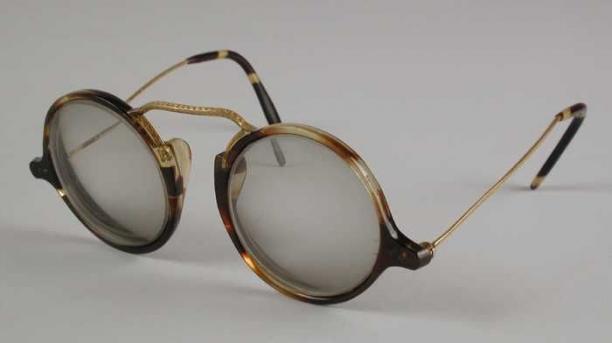 Bril Met Licht : Zonnebril licht getinte ronde glazen op sterkte montuur van