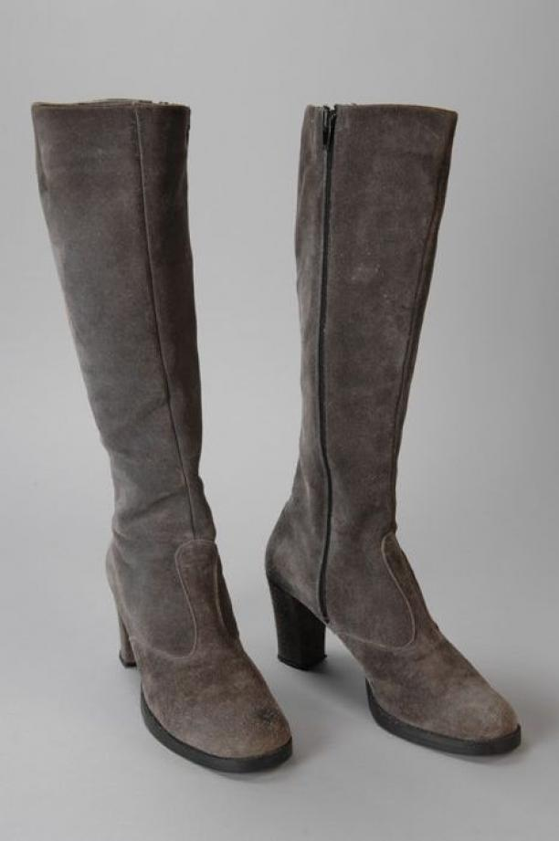 hoge grijze suede laarzen