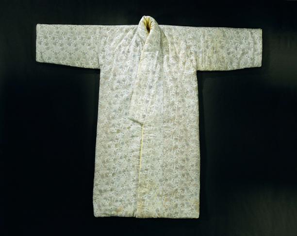 Blog Modemuze, Ninke Bloemberg, Japonsche rock, collectie Rijksmuseum Amsterdam, objectnr. BK-BR-725-A
