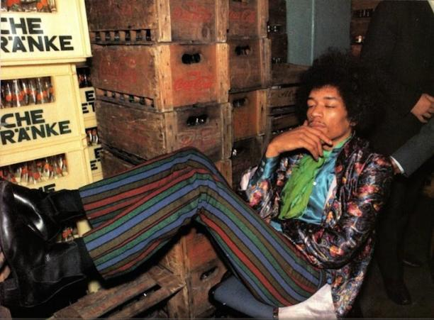 Afb. 6 Jimi Hendrix in Paisley.
