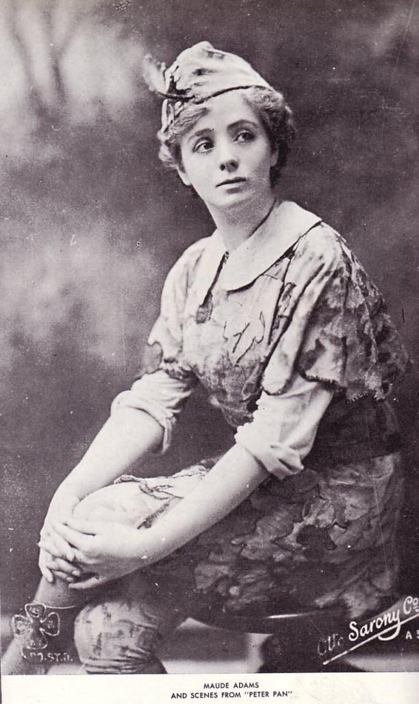 Maude Adams, in haar Peter Pan kostuum met Peter Pan-kraag, 1905.
