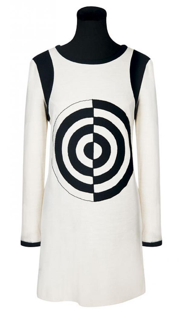 Micheal Mott, Mini jurk met applicatie van het Paraphernalia logo, ca. 1967, collectie Target Gallery London.