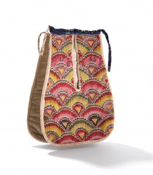 Ode aan de tas: van verzamelwoede tot Tassenmuseum | Modemuze