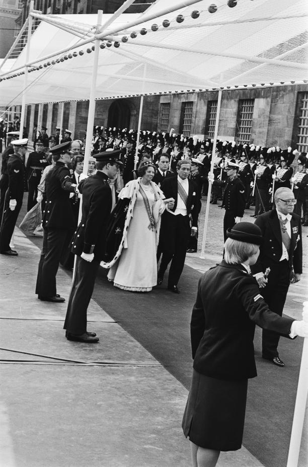 Foto van inhuldiging koninging Beatrix.