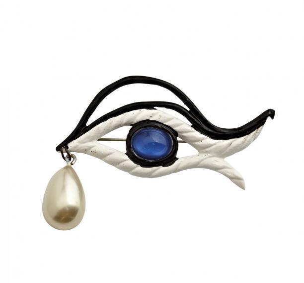 Jean Cocteau, broche voor Elsa Schiaparelli, 1952, collectie Design Museum Den Bosch