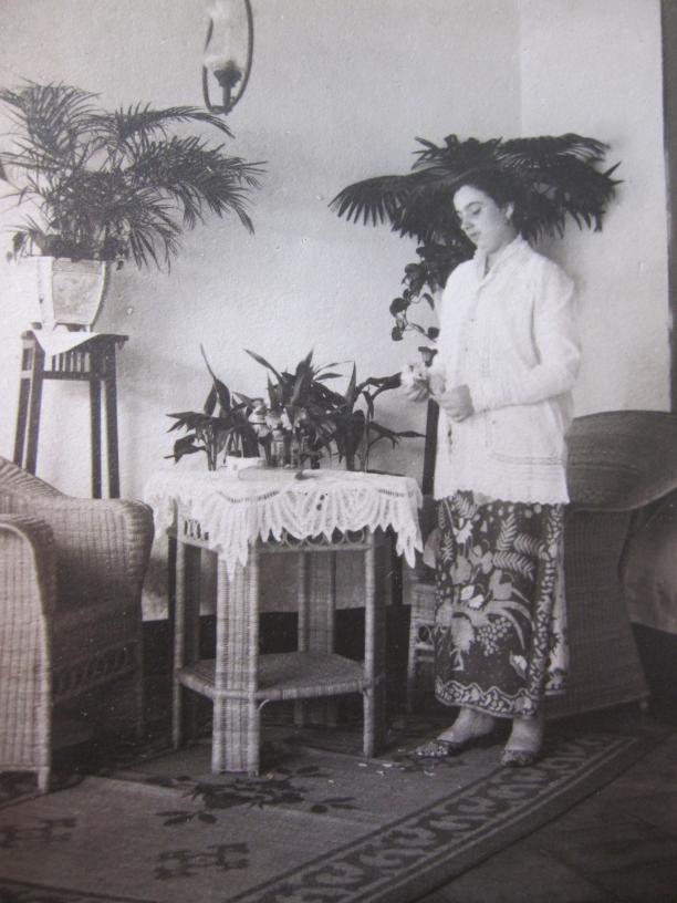 Blog Modemuze Batik Belanda Louise Rahardjo