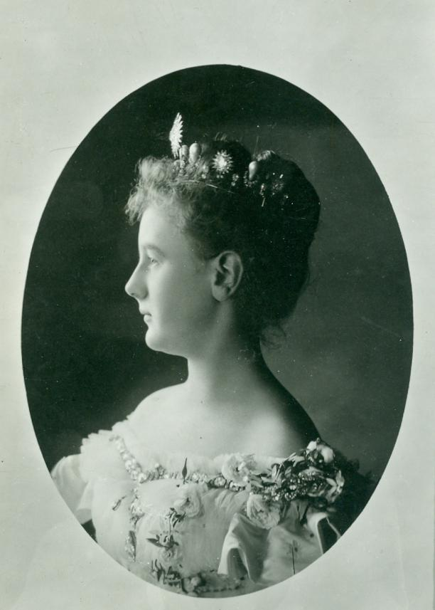 Portret van prinses Wilhelmina door Richard Kameke, Den Haag, 1898. Collectie Paleis Het Loo, Apeldoorn