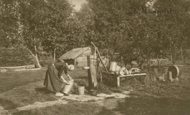 Blog Modemuze Jacco Hooikammer Ansichtkaarten Nederlandse streekdrachten visuele bron. Collectie Openluchtmuseum nr. AA 61490