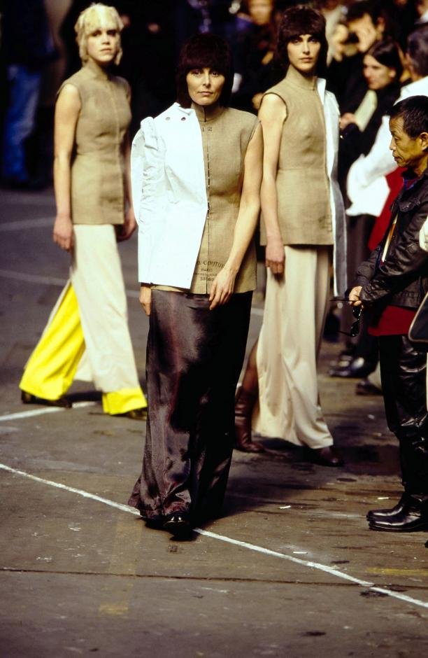 Blog Modemuze Nora Veerman, Reconstructing Hermès. Métiers, materiaal, Martin Margiela. #3 FW97, Vogue
