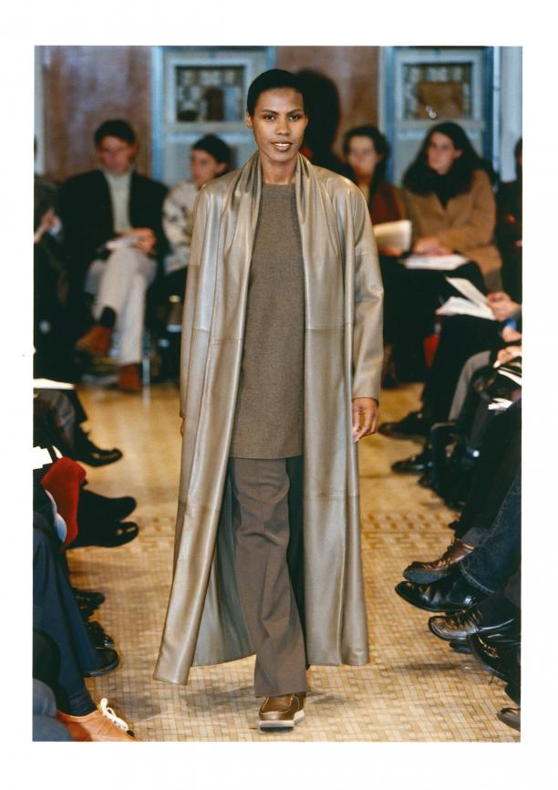 Blog Modemuze Nora Veerman, Reconstructing Hermès. Métiers, materiaal, Martin Margiela #5 Hermès, FW99-00, Double De Meme, Studio des Fleurs