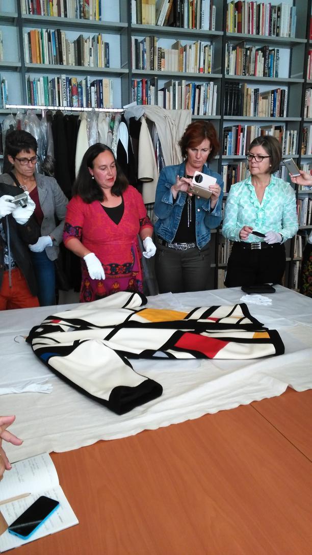 Blog Modemuze Sterre Snijders Nederlandse mode binnen buiten 4. De Mondriaan-jas van Peter Rozemeijer