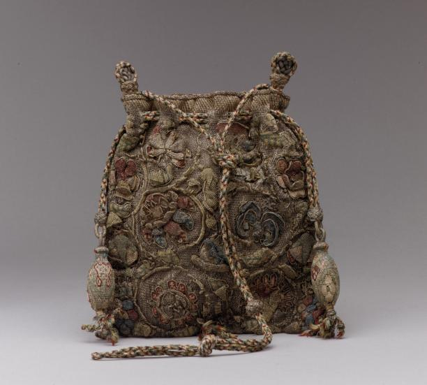 Anonymous, Sweet bag, last quarter 16th century, collection The Metropolitan Museum of Art.