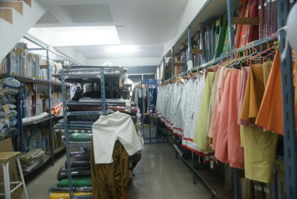 Een van de ateliers van Siam Costumes in Thailand. Bron: Siam Costumes Blogspot.