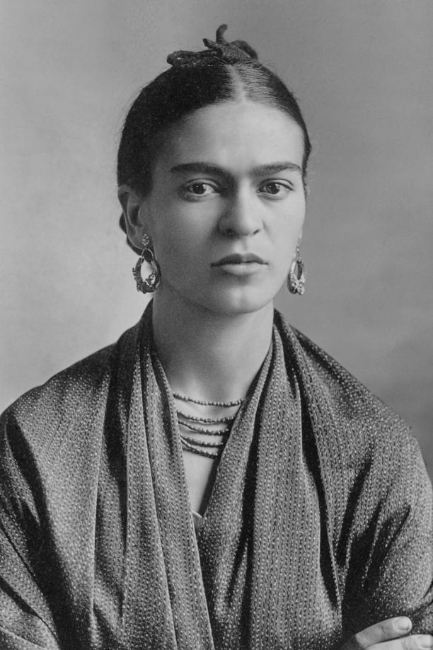Frida Kahlo voor de scheiding, 1932, foto: Guillermo Kahlo