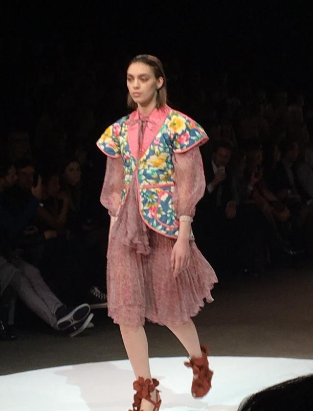 Het jasje van Vissers-Brun, ontworpen door Berry Brun voor Fong Leng, tijdens de Couture & Crafts show op de Amsterdam Fashion Week januari 2016. Foto: Cleo Vissers-Brun.