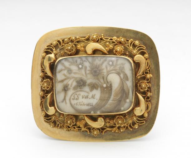 Doede Pieters Attema, gouden broche, 1844, collectie Fries Museum Leeuwarden