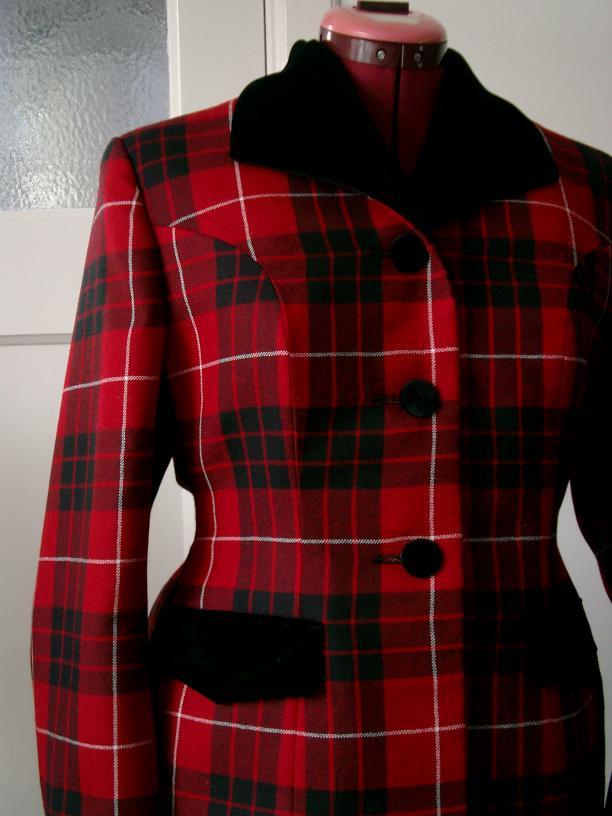 Buitenkant van een jasje afgeleid van het Bar jasje van Dior. Foto: Roy Verschuren.