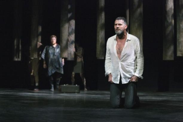 Mark Rietman als King Lear, kostuums: Bernadette Corstens, 2012.