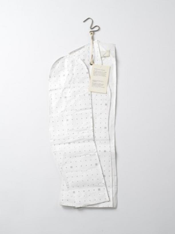 Martin Margiela, Patroon damesjasje Flat Garment, 1998-1999 industrieel patroonpapier, Tyvek, aankoop 2017, collectie Centraal Museum Utrecht.