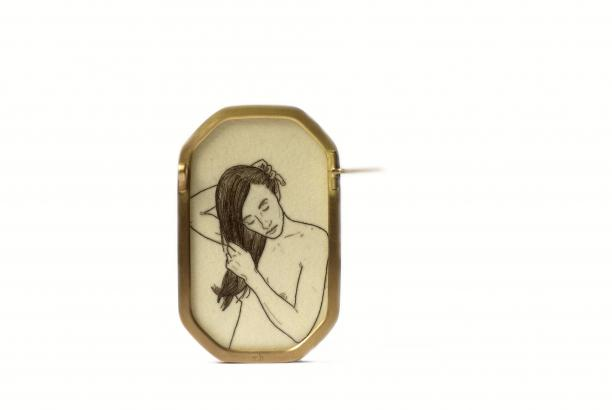 Melanie Bilenker, Pinning Series: Smooth (Brooch), 2013, foto: ©Sienna Patti Contemporary