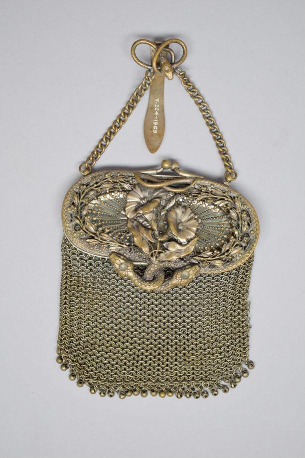 goudzilveren handtas in art nouveau-stijl