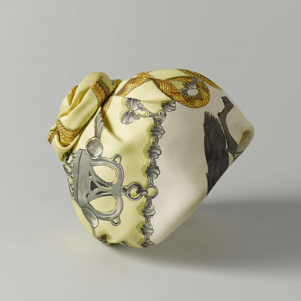 Tulband, Hermès, 3e kwart 20ste eeuw, collectie Rijksmuseum Amsterdam, legaat 1992, objectnr.: BK-1997-92