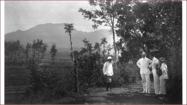 Blog Modemuze Sabine Bolk. De batik erfenis van Franquemont.